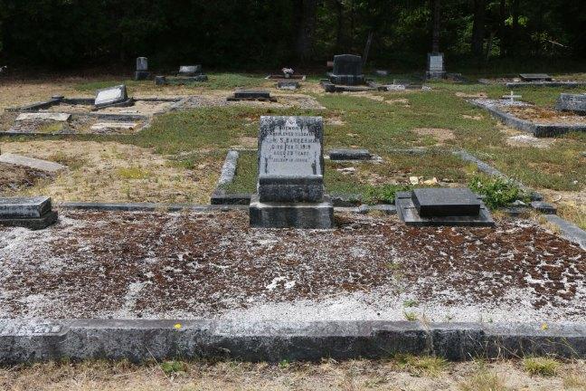 John Bannerman grave, Cumberland Cemetery, Cumberland, B.C. (photo: Ashlar Lodge No. 3 Historian)