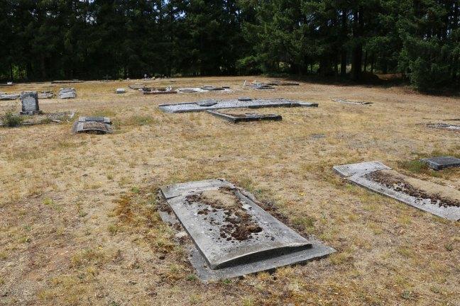 Benjamin Luck grave, Cumberland Cemetery, Cumberland, B.C. (photo: Ashlar Lodge No. 3 Historian)