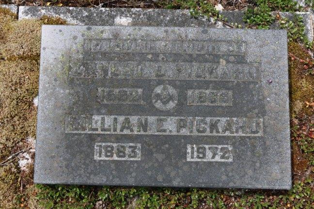 Ernest Pickard grave marker, Cumberland Cemetery, Cumberland, B.C. (photo: Ashlar Lodge No. 3 Historian)