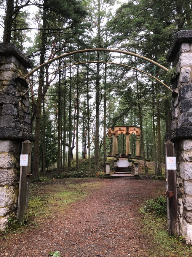 McMillin Mausoleum entrance gate, Roche Habor, Washington (photo by Mike Gains, V&Q, No.2)