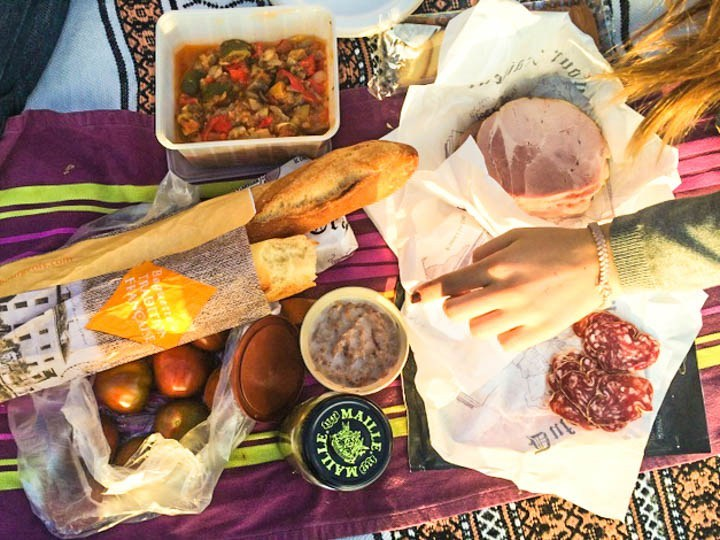 Where to Picnic in Paris: A Guide to the City's Most Epic Picnic Spots