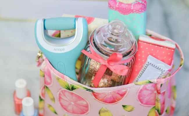 Cute Gift Ideas For Your Friends Ashley Brooke Nicholas