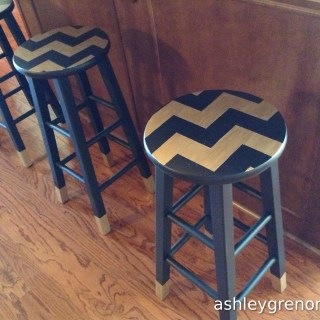 DIY Chevron Bar Stool Makeover
