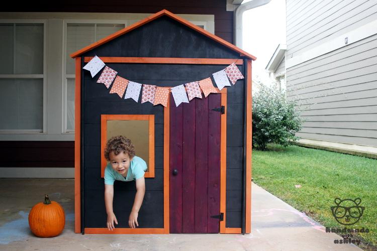 DIY Knock-down kids playhouse