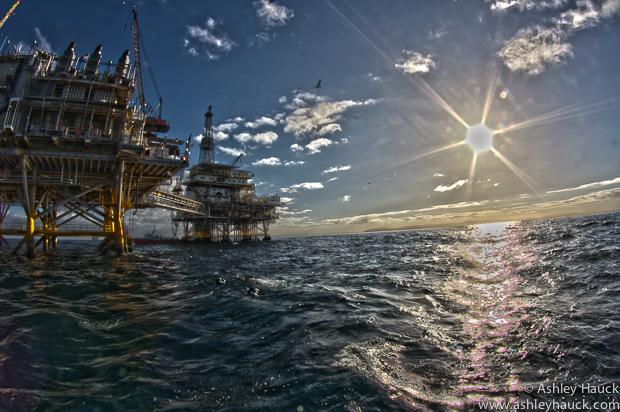 Ellen-Elly oil rigs HDR
