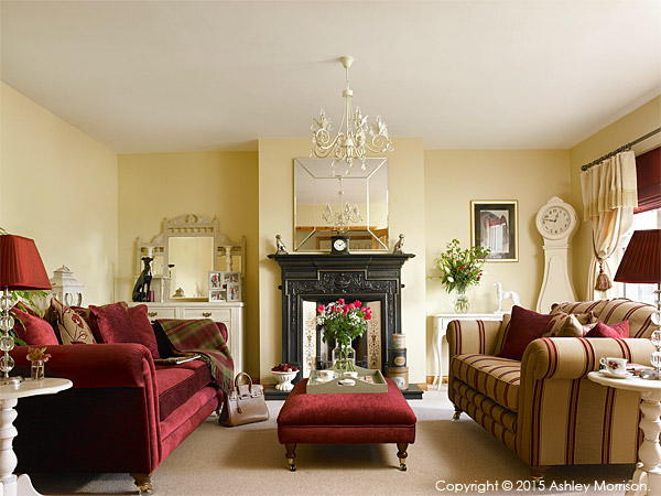 The sitting room in Lesley & Lindsay Anderson's cottage style bungalow.