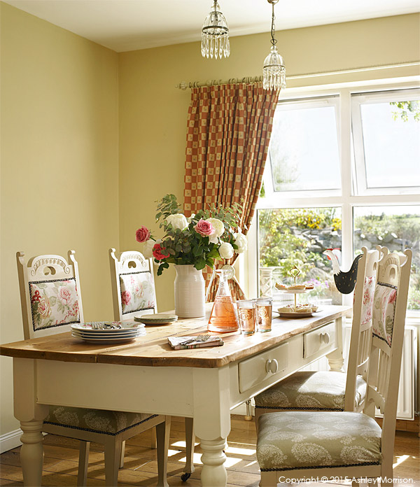 The dining area in Lesley & Lindsay Anderson's cottage style bungalow.