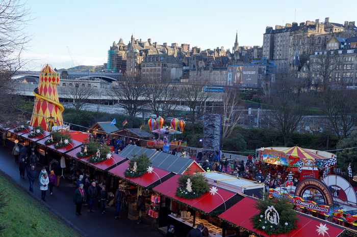 Edinburgh Christmas Market Princes St Gardens