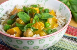 Slow-cooked-sweet-potato-and-chickpea-curry