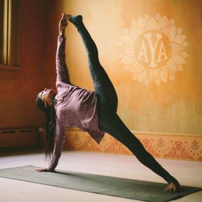 ashtanga-yoga-austin_Sharmila_product600-3