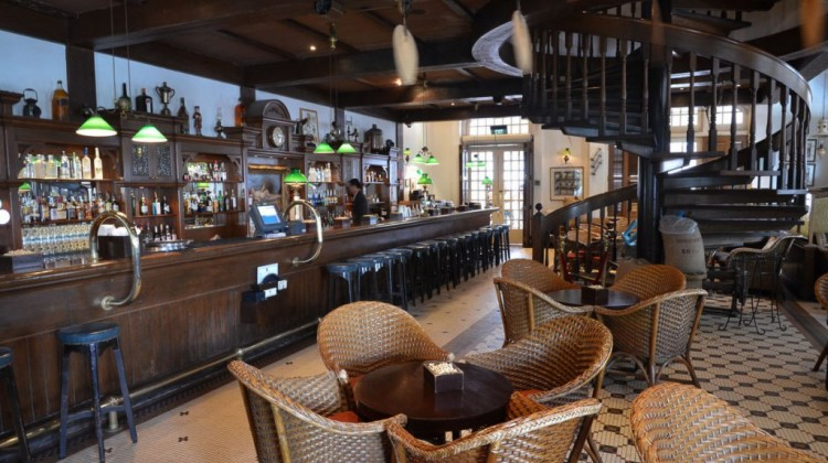 The Long Bar At Raffles Hotel Singapore Reopens After