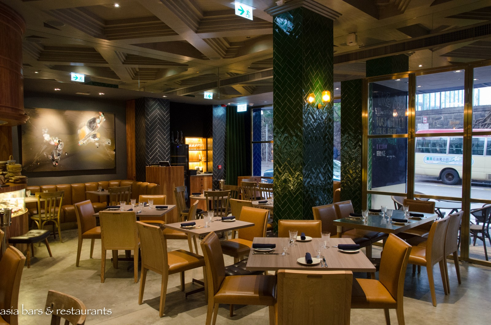 Picnic on Forbes  French cafe in Hong Kong  Asia Bars