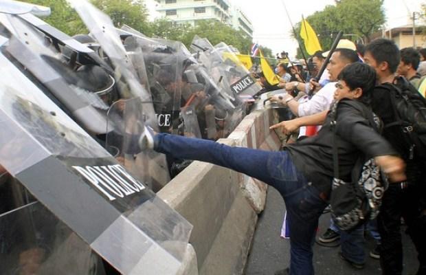 Manifestazione Thailandia Bangkok Novembre 2012