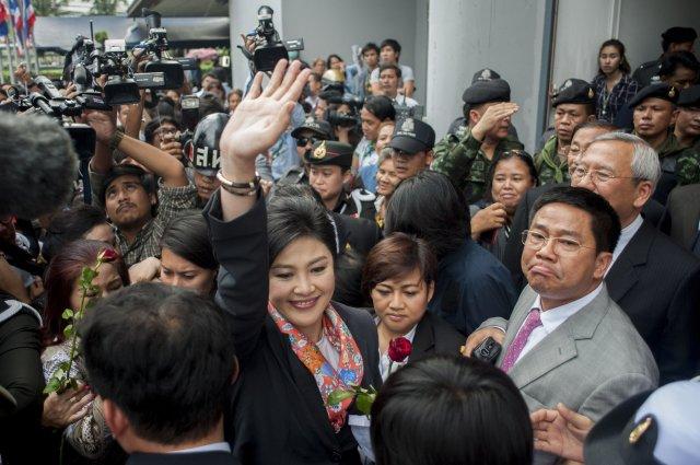 Thailandia: Yingluck destituita