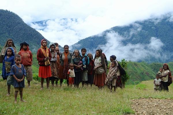 West Papua - Abitanti degli altopiani di Lolat. (Novembre 2014 / Michael Bachelard)