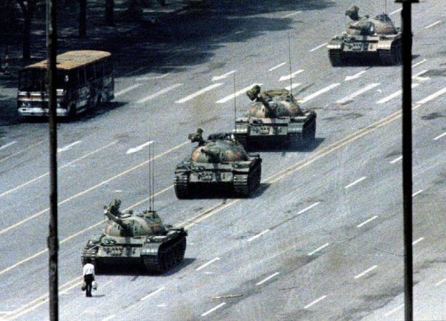L'immagine più famosa di quel 4 giugno 1989