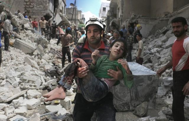 bambina siria aleppo bombe