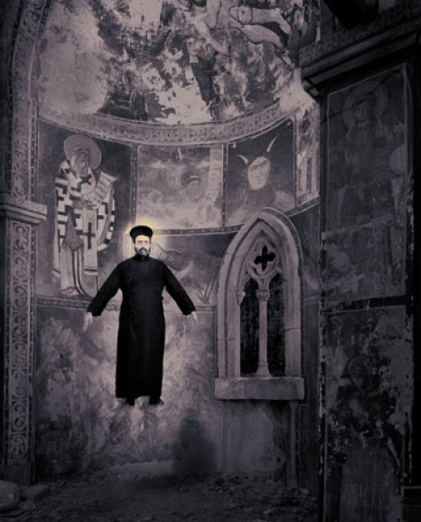 Levitazione Miracoli Joan Fontcuberta fotografia