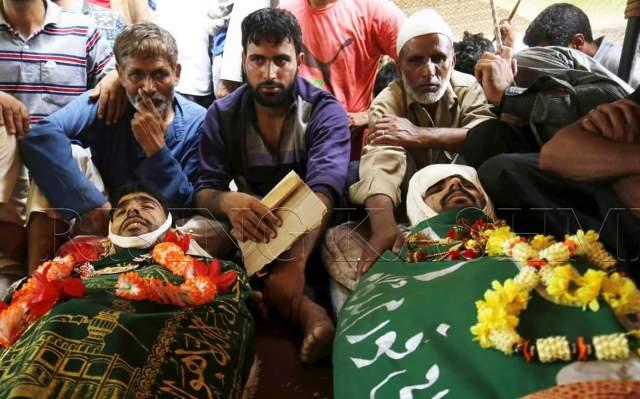 kashmir scontri funerale vittime