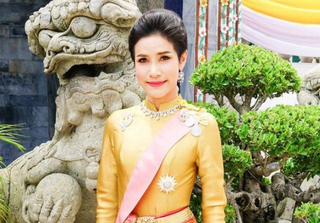 Sineenat-Wongvajirapakdi