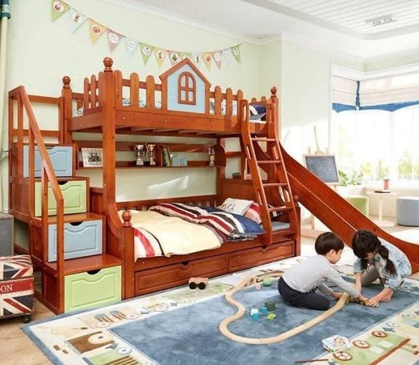 Tempat Tidur Tingkat Perosotan