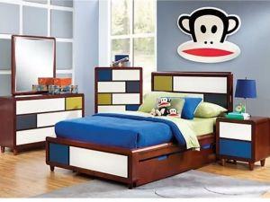 Set Kamar Tidur Anak Retro