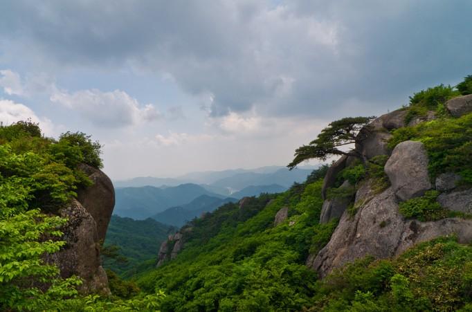 Mountain-Tops-of-Korea-682x451