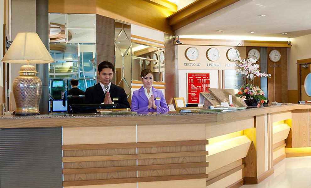 Asia Airport Hotel : แผนกต้อนรับ