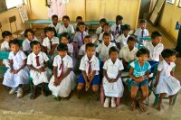 SRI LANKA Colombo, without desks and chairs children leave