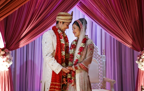 A Marriage of Two Different Cultures Tips for Planning a Fusion Wedding  Asian Fortune