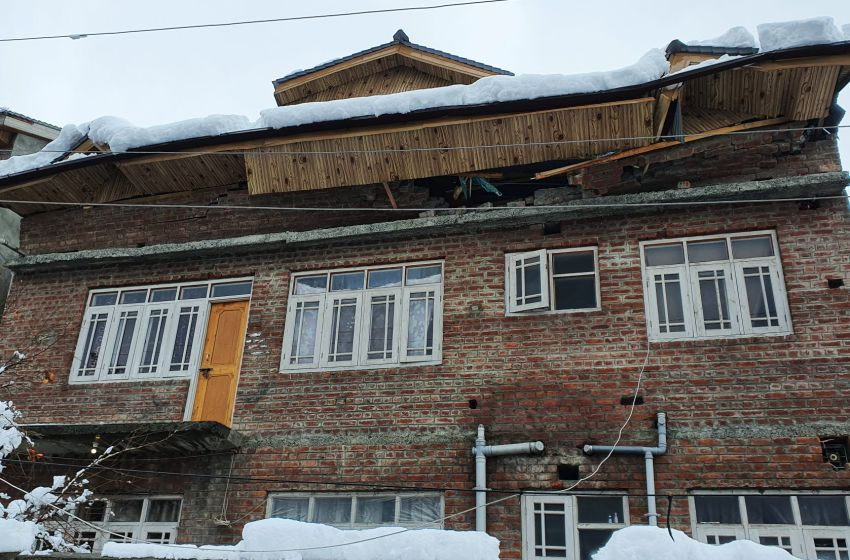 Snow fury in Kashmir: Two Mosque's, several Houseboats among 70 structures damaged