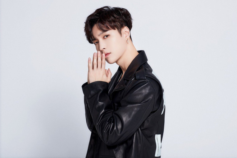 Netizens sign EXO's Lay Zhang up for organ donation after he shows support for Hong Kong police. Entertainment News - AsiaOne
