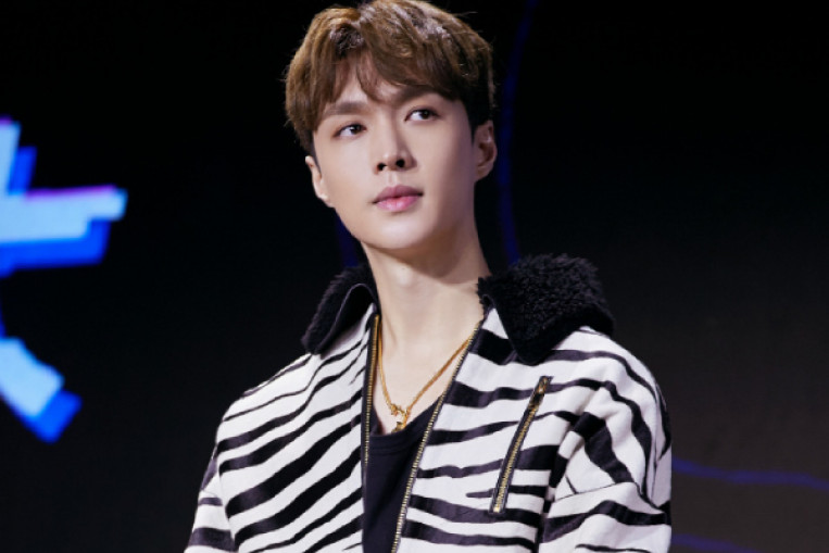 Chinese K-pop star. Exo's Lay Zhang aims to make it big in America in 2019. Entertainment News - AsiaOne