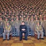 11월 23일에 열린 전국파출소장회의의 참가자 단체사진. 맨 오른쪽이 장성택. 10여 명의 보안원(경찰관)의 총살이, 이 회의 이후에 집행됐다고 한다