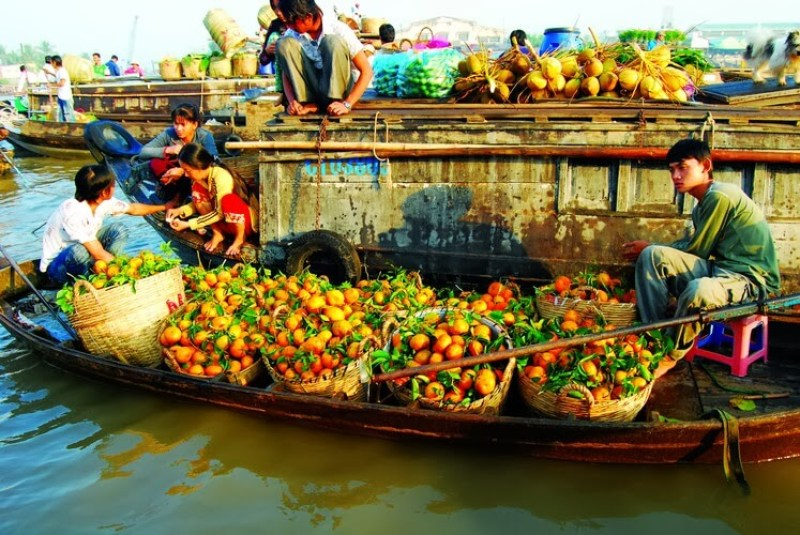 Cai Rang floating market, the traditional beauty of the Mekong Delta