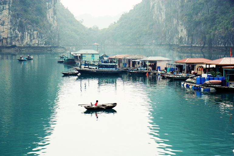 The simple life in Halong Bay floating villages @Andrea Schaffer