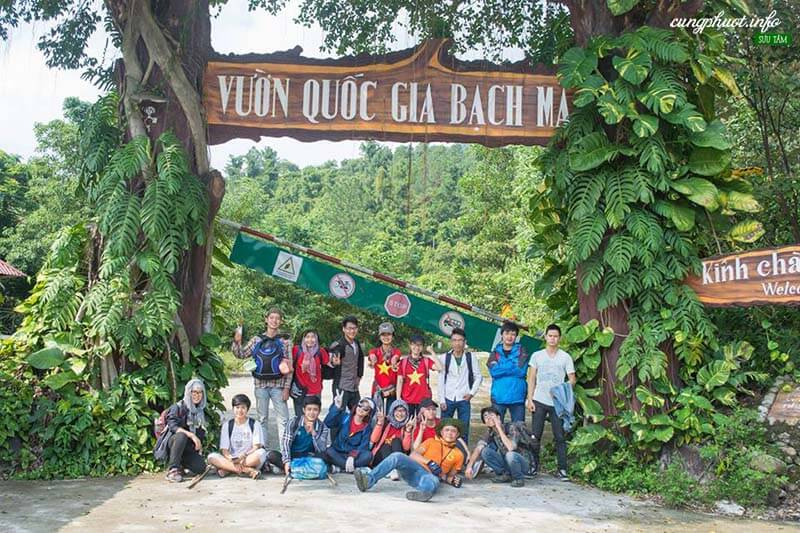 Tourists excited to join trekking tours Bach Ma