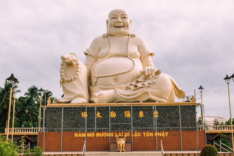 Places to visit in Vinh Trang Temple, The best time to Vinh Trang Temple