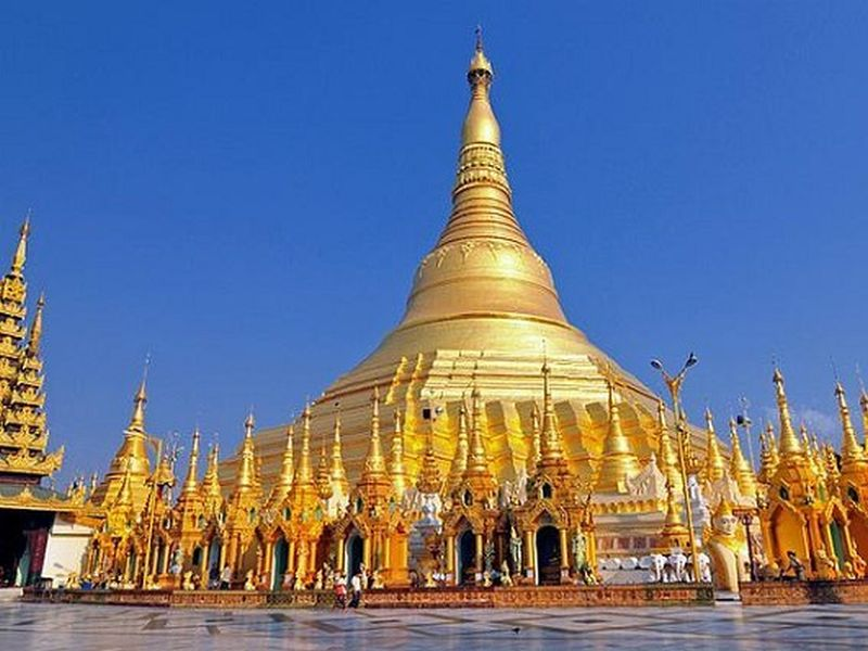 Features of the country of temples Myanmar