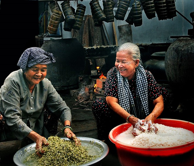 The Taste Of The Traditional Vietnamese Tet 2