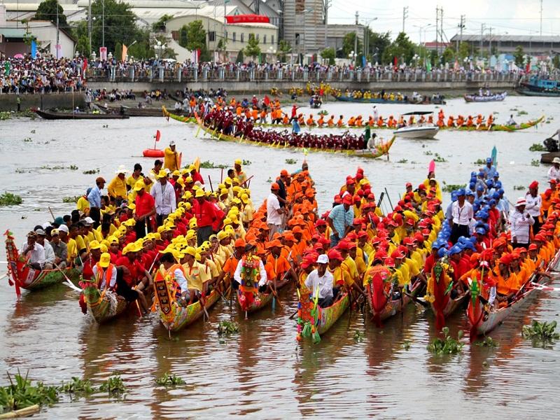 Full-moon-festival-in-Mekong-Delta2
