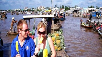 Top 5 Floating Markets in Mekong Delta (part 1)