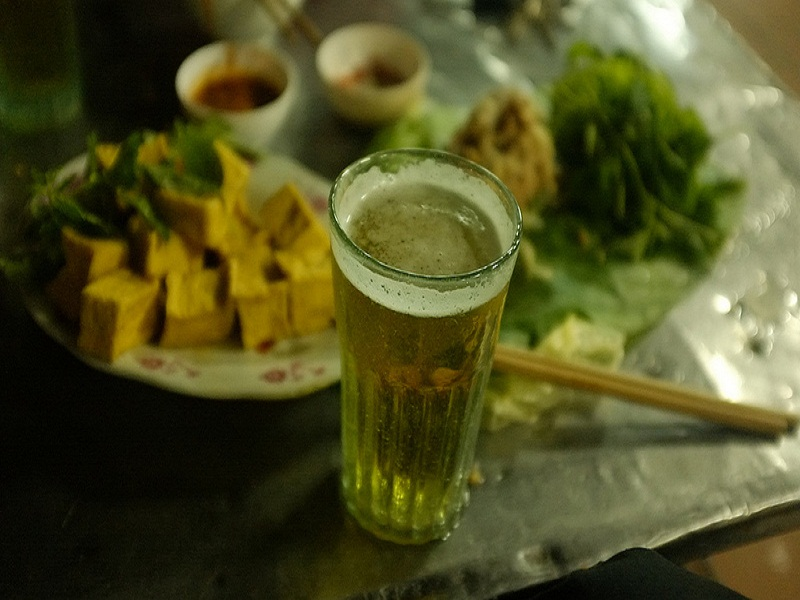 Hanoi Night Market, something you shouldn't miss in your tours to Hanoi- image 4