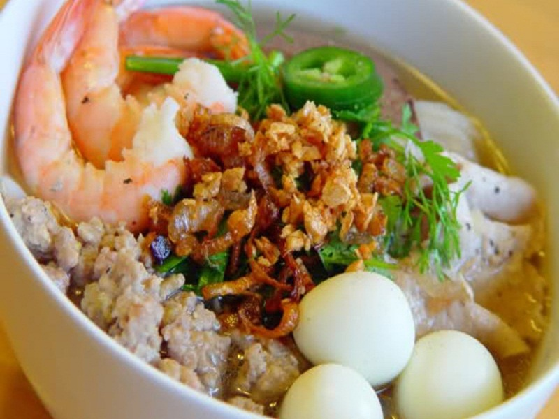 Top-best-and-unique-dishes-to-eat-in-Saigon2