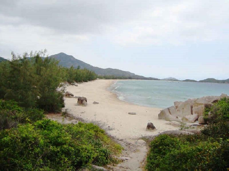 Tu Binh Island 6