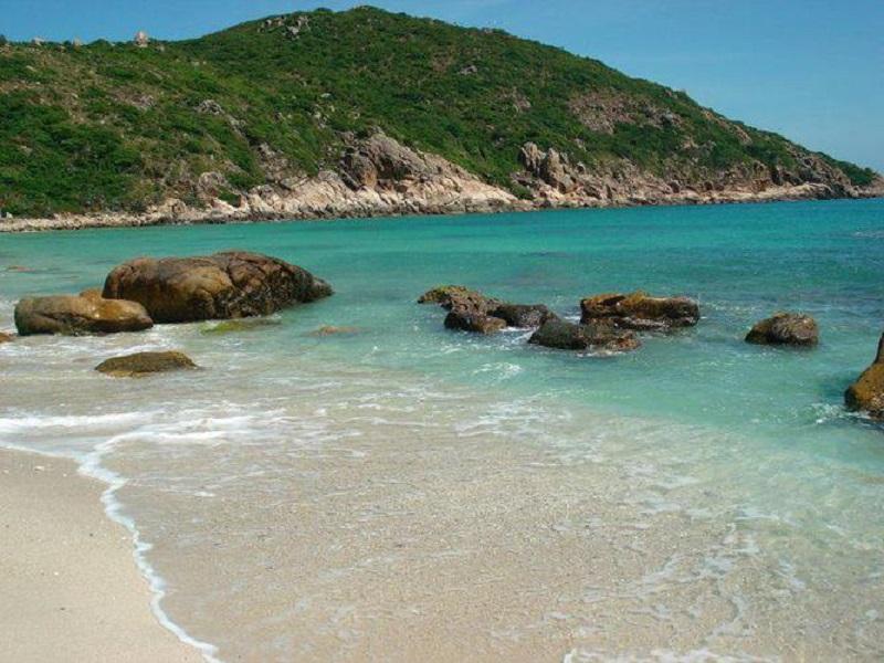 Tu Binh Island 8