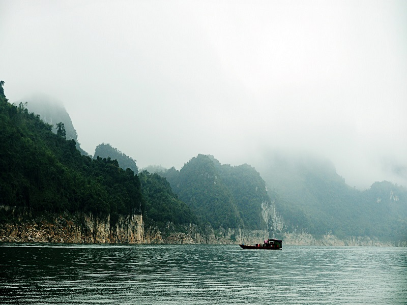 6-Ha-Long-Bays-on-land-of-the-Northern-Vietnam3