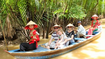 How to take a Mekong Delta tour 2 days 1 night?