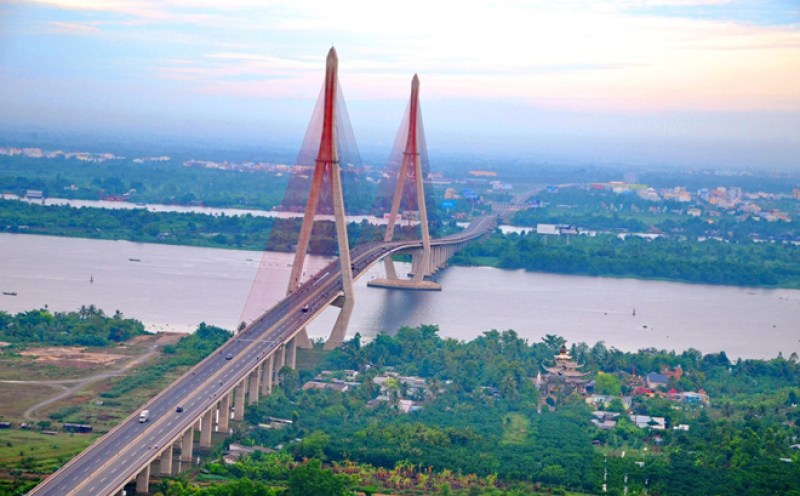Can Tho Bridge - Economic project connecting the two banks of the Hau River