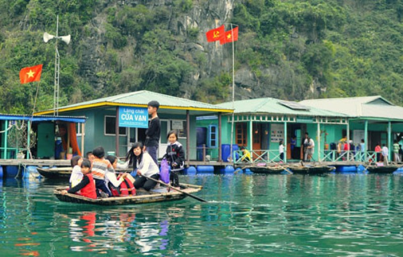 Cua Van fishing village - one of the 16 most beautiful ancient villages in the world